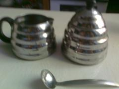 The original sugar bowl in stainless steel. VINZOR