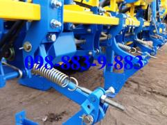 The planter Vesta 8 with misacting the location of the support wheels